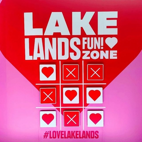 Snap a selfie at the Lakelands Fun Zone and upload it with the hashtag #lovelakelands for a chance to W I N! Winners will be notified by direct message, see website for T's & C's ❤️❌❤️ . . . #lovelakelands #lovemandurah #lakelandsshoppingcentre #lakelands #lakelandselfie #byispt